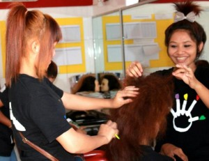 Students of the Mith Samlanh Vocational Training Beauty Class